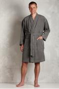 grå badekåbe mænd
